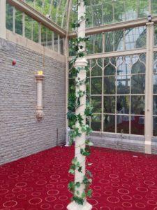 ivy & fairy light pillar Tortworth Court a