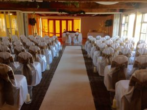 Hessian sashes & aisle runner Thornbury Golf Club