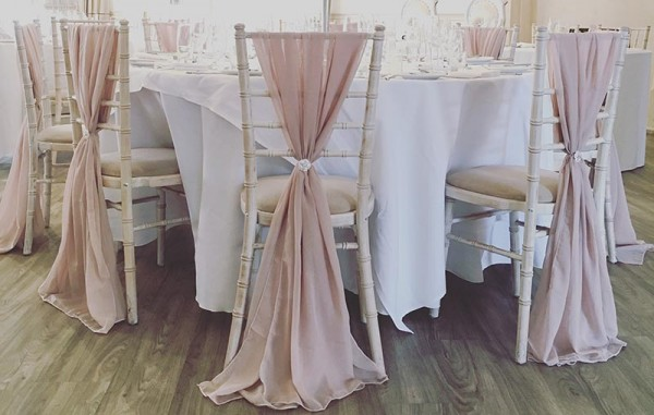 Chiavari Chair Covers Amp Decoration Everything Covered